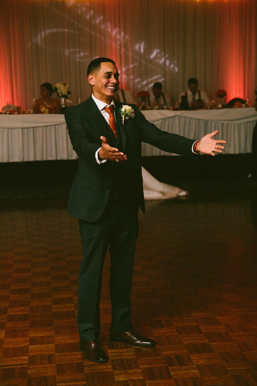 cleveland-ohio-wedding-photographer_brittany-elvis-146.jpg