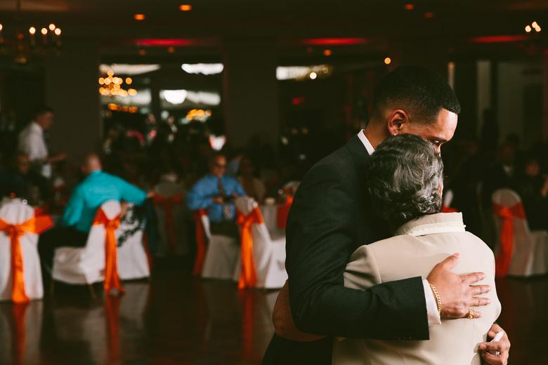 cleveland-ohio-wedding-photographer_brittany-elvis-150.jpg