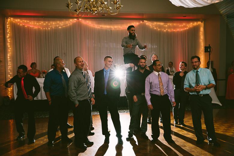 cleveland-ohio-wedding-photographer_brittany-elvis-154.jpg