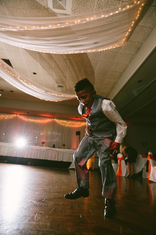 cleveland-ohio-wedding-photographer_brittany-elvis-156.jpg