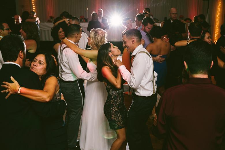 cleveland-ohio-wedding-photographer_brittany-elvis-161.jpg