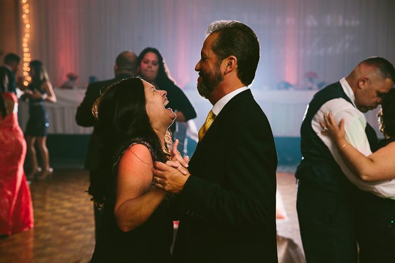 cleveland-ohio-wedding-photographer_brittany-elvis-169.jpg