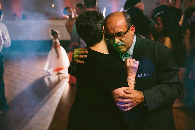 cleveland-ohio-wedding-photographer_brittany-elvis-172.jpg