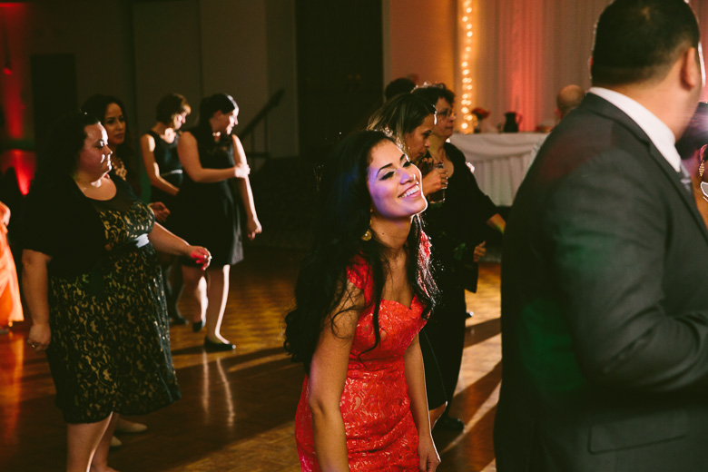 cleveland-ohio-wedding-photographer_brittany-elvis-176.jpg
