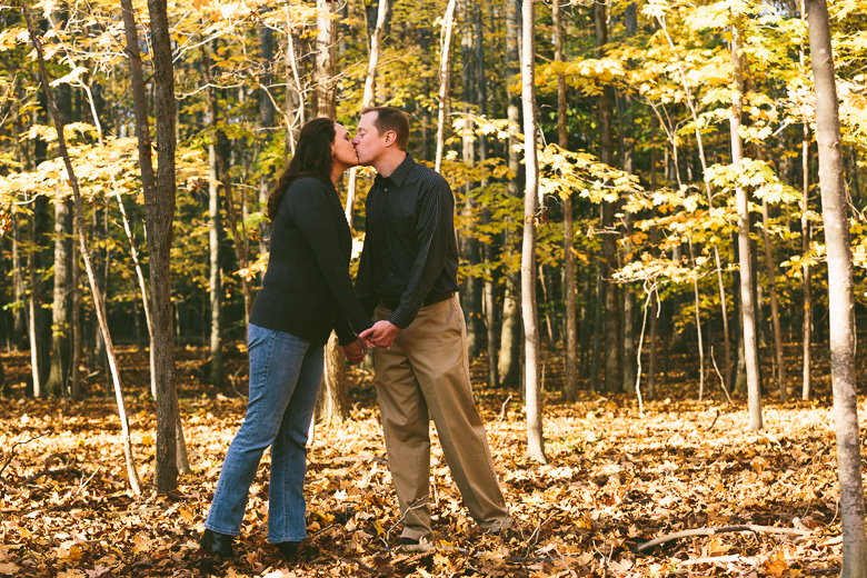 mayfield-ohio-engagement-photography_megan-brian-13.jpg