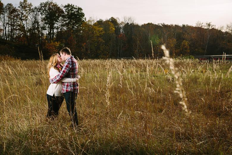 brecksville-ohio-engagement-photography_kristina-tyler-3.jpg