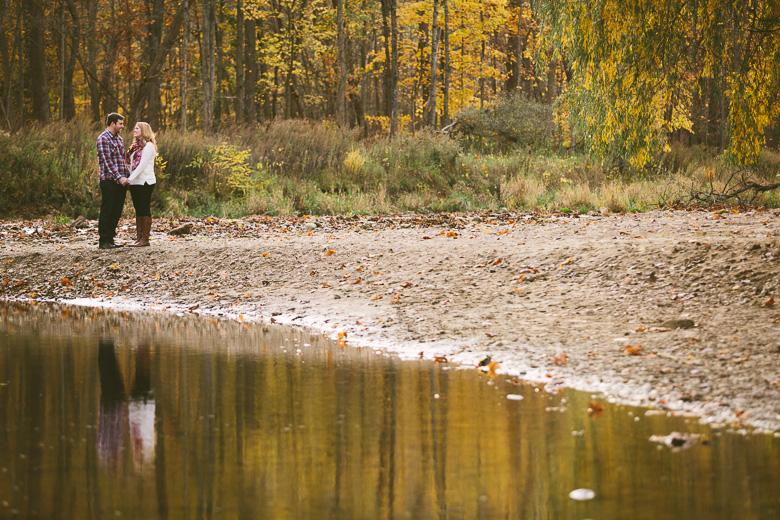 brecksville-ohio-engagement-photography_kristina-tyler-12.jpg