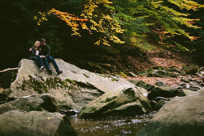 brecksville-ohio-engagement-photography_kristina-tyler-44.jpg