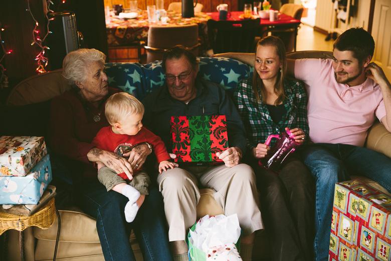 akron-ohio-family-photography-hunsaker-christmas-2.jpg