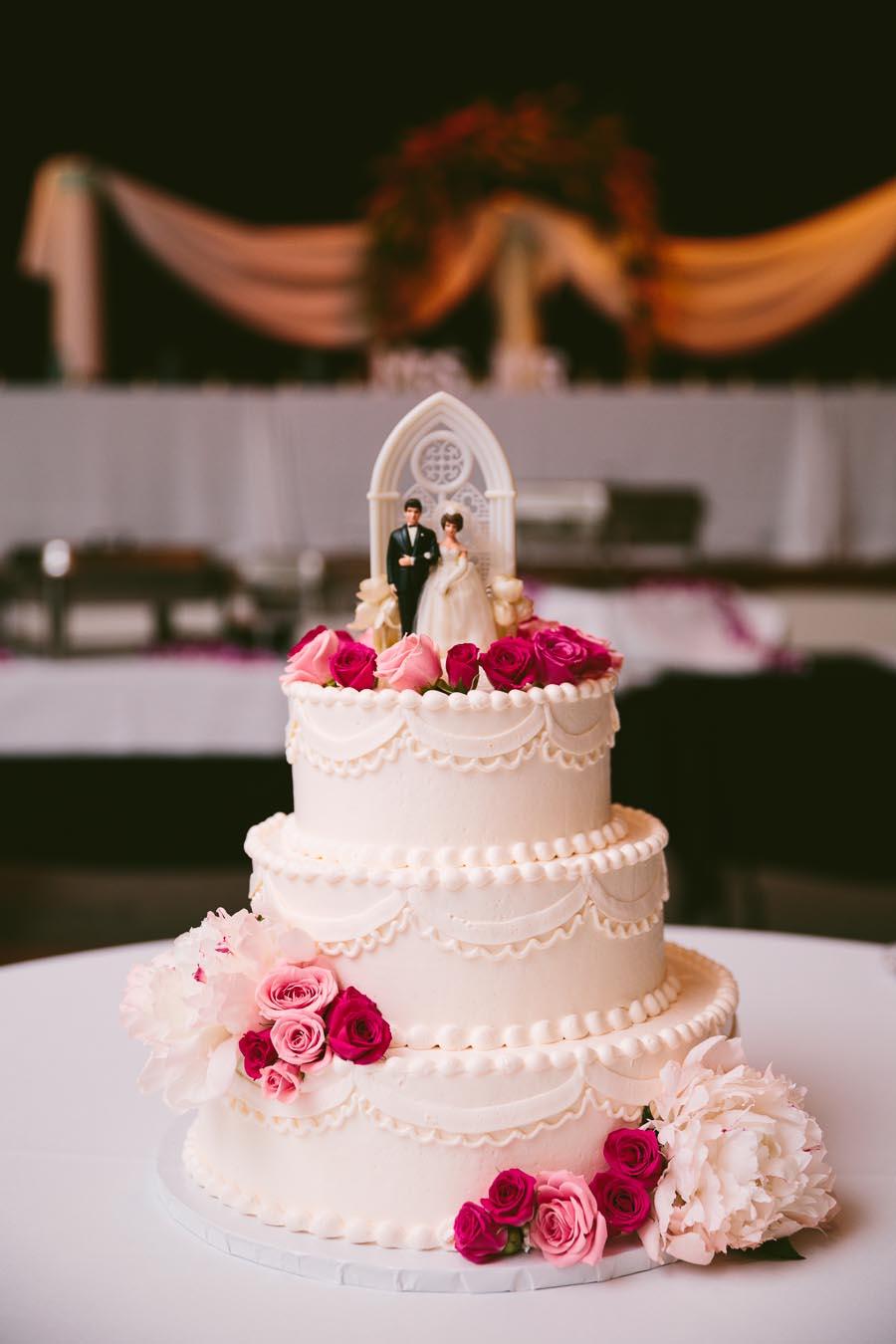 columbia-station-ohio-wedding-photography-whitehall-jenni-ian-12.jpg