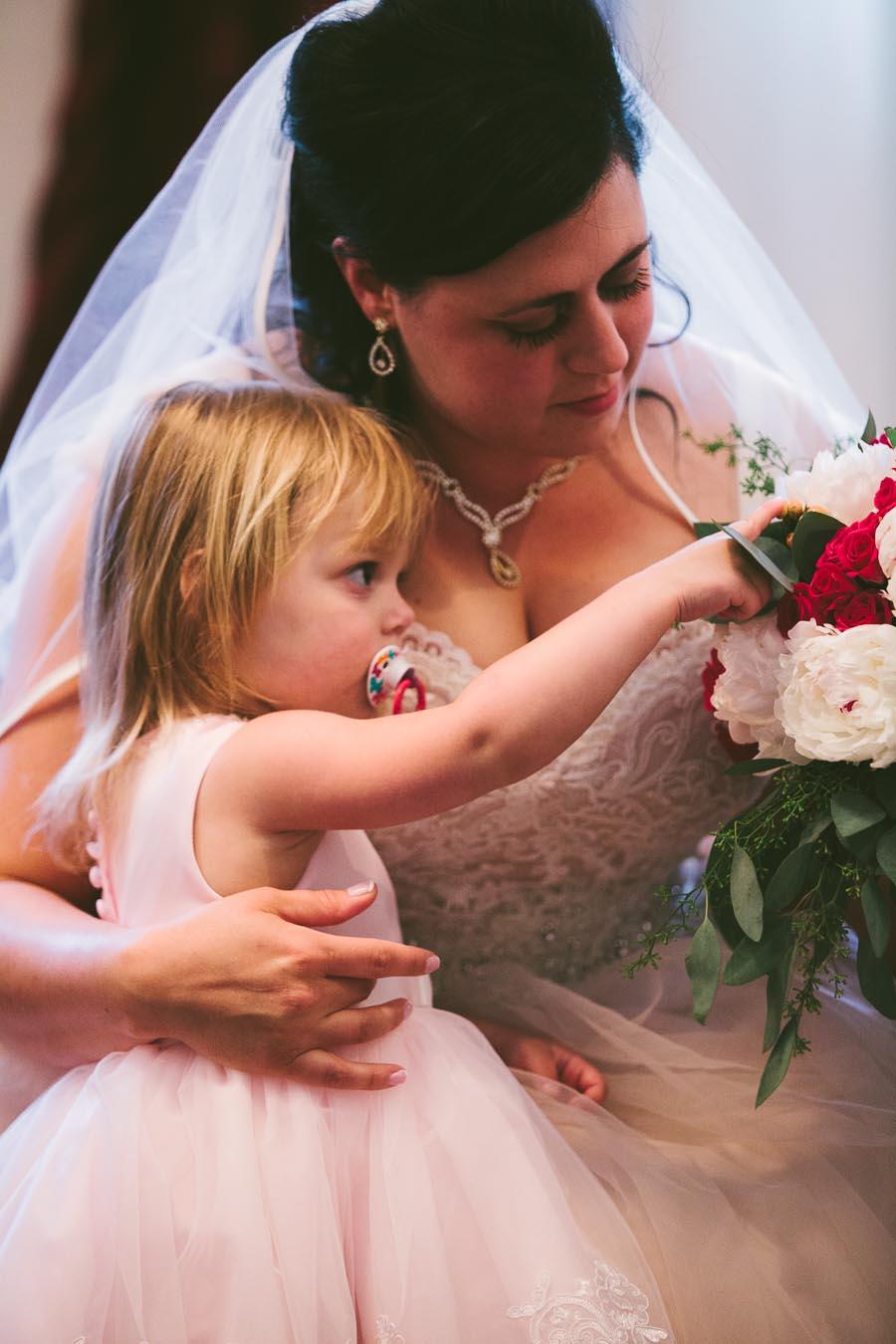 columbia-station-ohio-wedding-photography-whitehall-jenni-ian-38.jpg