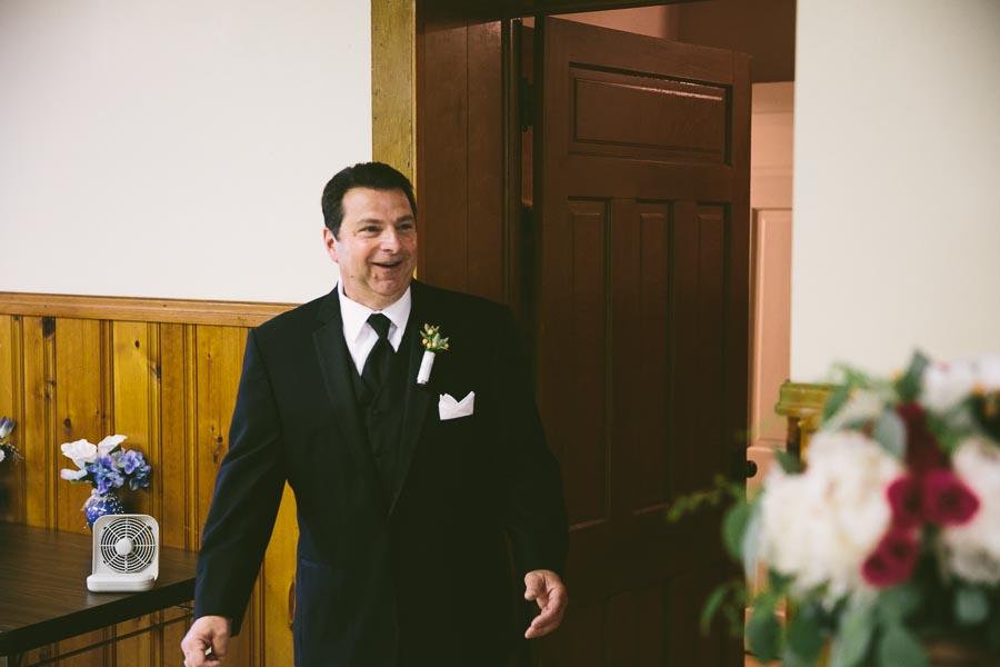 columbia-station-ohio-wedding-photography-whitehall-jenni-ian-50.jpg