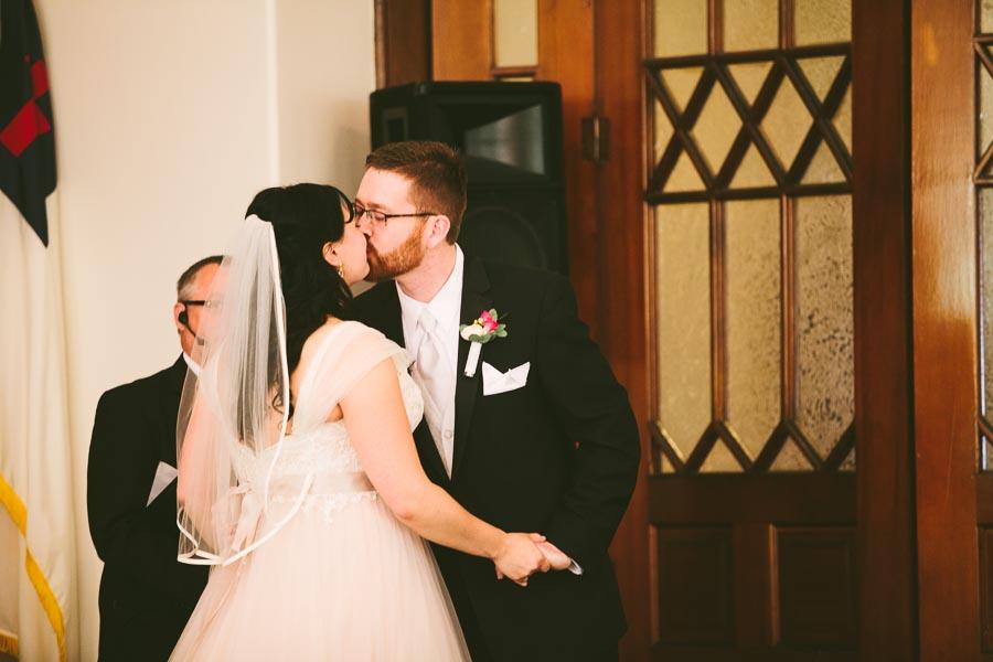 columbia-station-ohio-wedding-photography-whitehall-jenni-ian-72.jpg