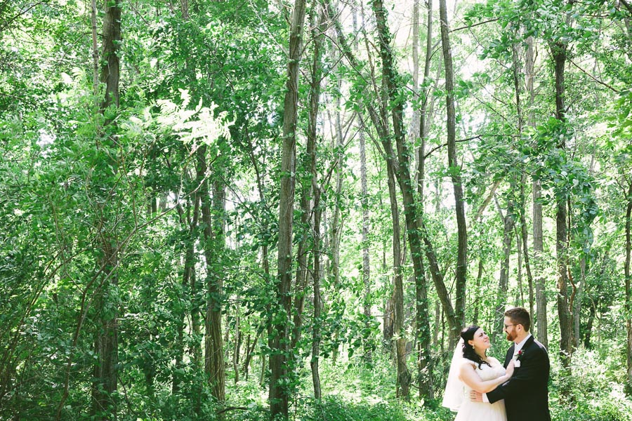 columbia-station-ohio-wedding-photography-whitehall-jenni-ian-110.jpg