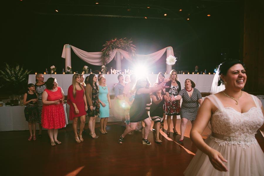 columbia-station-ohio-wedding-photography-whitehall-jenni-ian-141.jpg