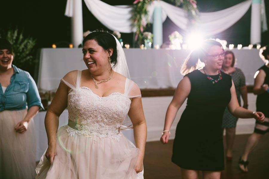 columbia-station-ohio-wedding-photography-whitehall-jenni-ian-156.jpg