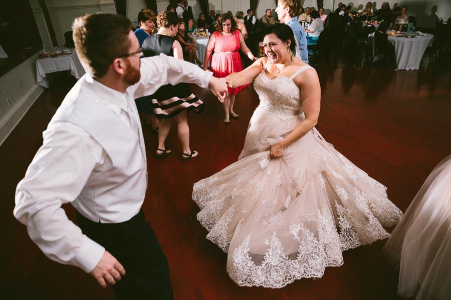 columbia-station-ohio-wedding-photography-whitehall-jenni-ian-160.jpg