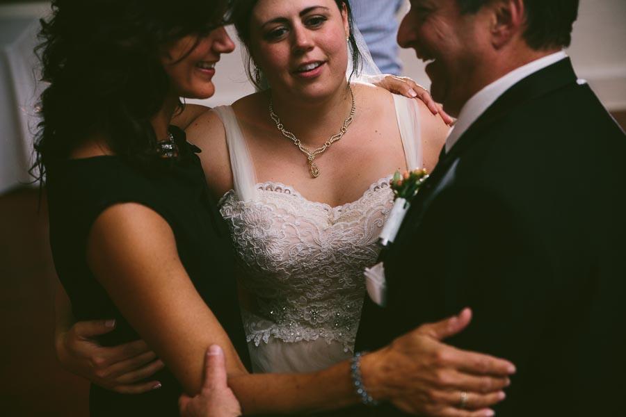 columbia-station-ohio-wedding-photography-whitehall-jenni-ian-166.jpg
