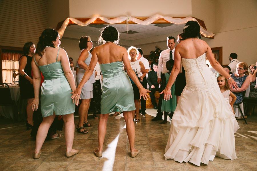 north-olmstead-wedding-photography-at-rubys-grafton-144.jpg