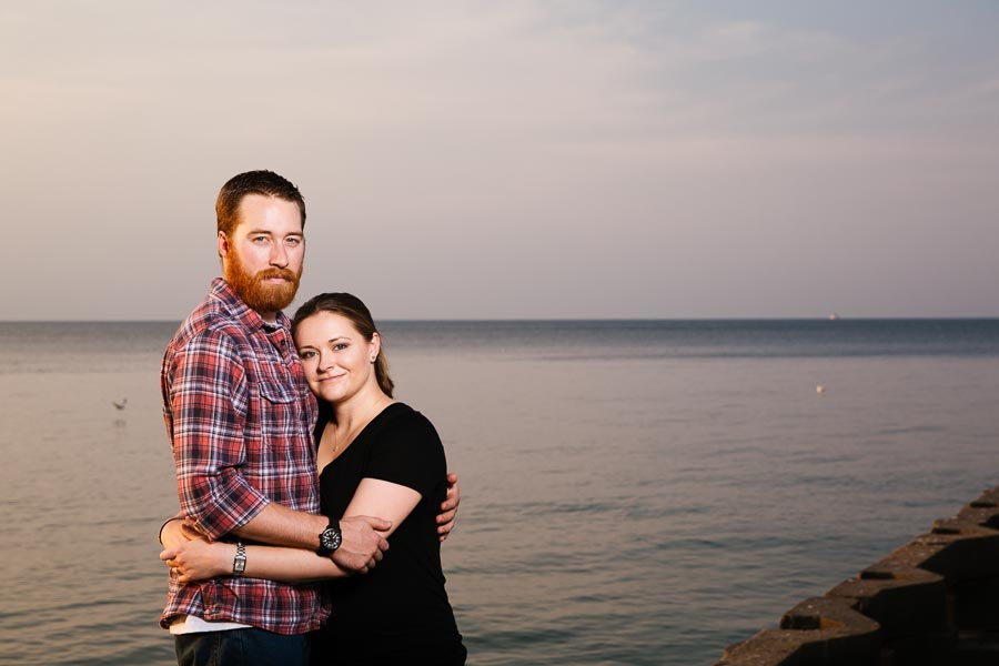 cleveland-oh-engagement-photgraphy-edgewater-park-lake-erie-kim-mike-22.jpg