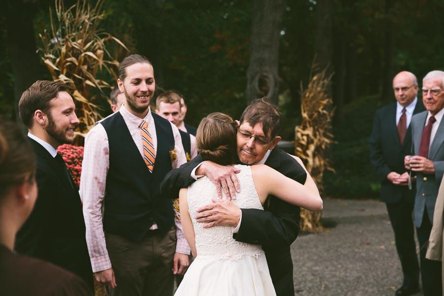 chesterland-ohio-wedding-photography-orchard-hills-paterson-fruit-farm-19.jpg