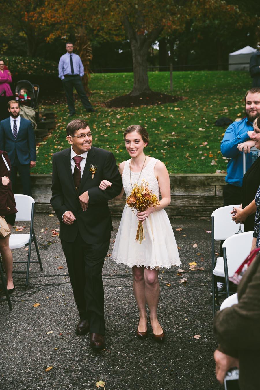 chesterland-ohio-wedding-photography-orchard-hills-paterson-fruit-farm-18.jpg