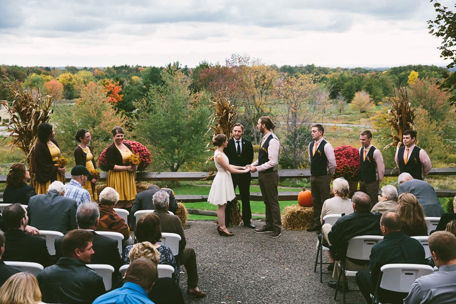 chesterland-ohio-wedding-photography-orchard-hills-paterson-fruit-farm-20.jpg