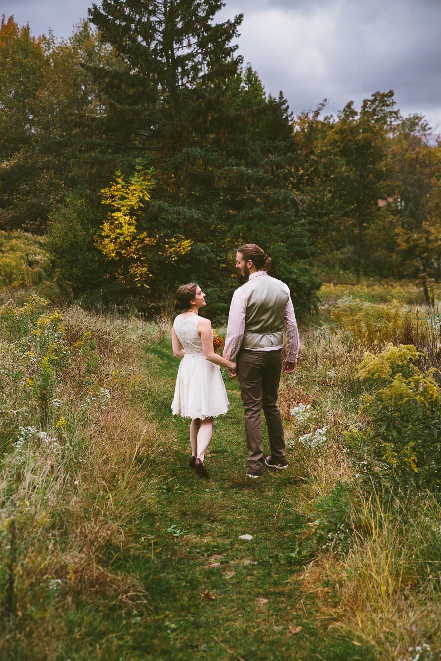 chesterland-ohio-wedding-photography-orchard-hills-paterson-fruit-farm-25.jpg