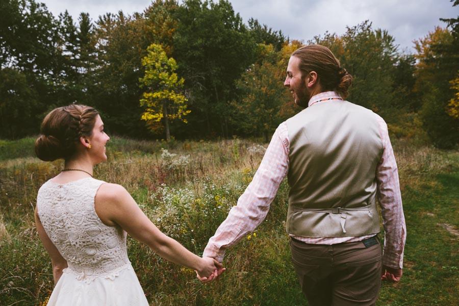 chesterland-ohio-wedding-photography-orchard-hills-paterson-fruit-farm-26.jpg