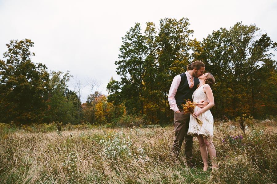 chesterland-ohio-wedding-photography-orchard-hills-paterson-fruit-farm-28.jpg