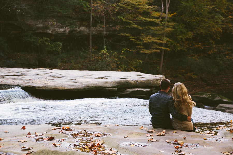 garfield-ohio-engagement-photography-bedford-reservation-1.jpg