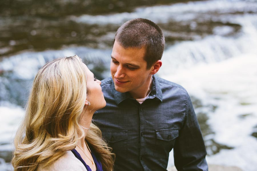 garfield-ohio-engagement-photography-bedford-reservation-23.jpg