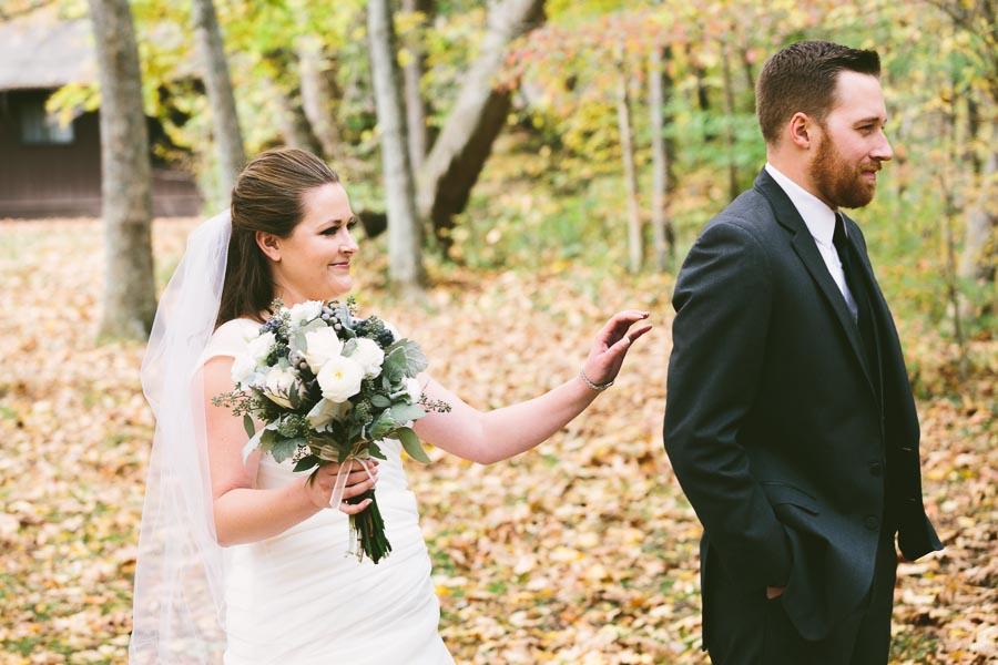 landolls-mohican-castle-wedding-photography-19.jpg