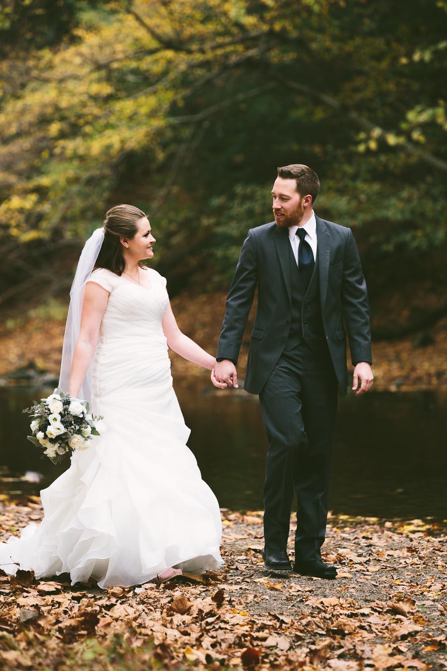 landolls-mohican-castle-wedding-photography-30.jpg