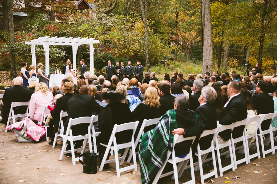 landolls-mohican-castle-wedding-photography-47.jpg