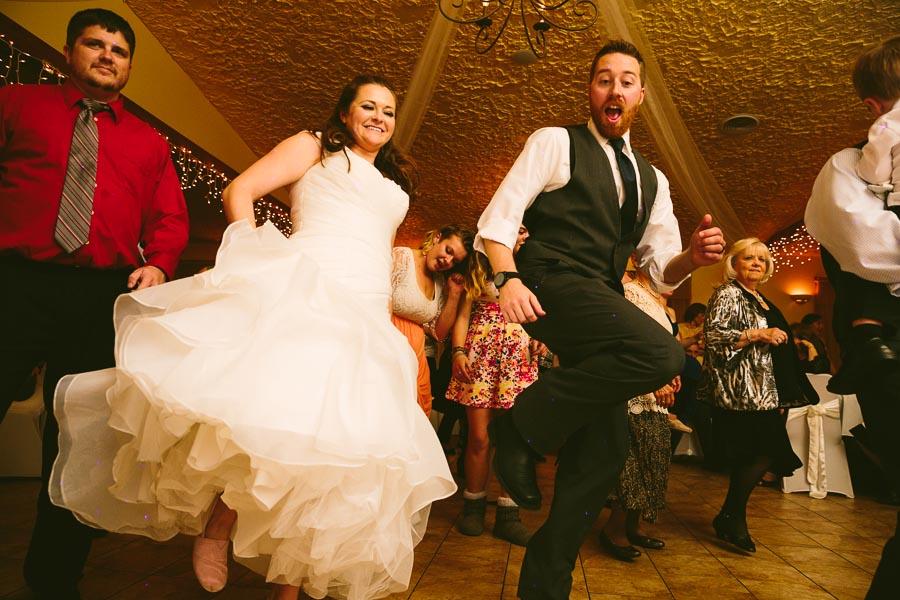 landolls-mohican-castle-wedding-photography-64.jpg