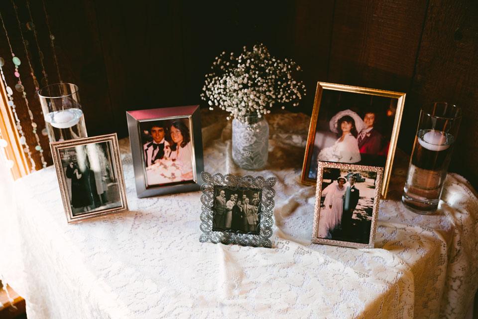 chesterland-ohio-wedding-photography-pattersons-fruit-farm-orchard-hills-32.jpg