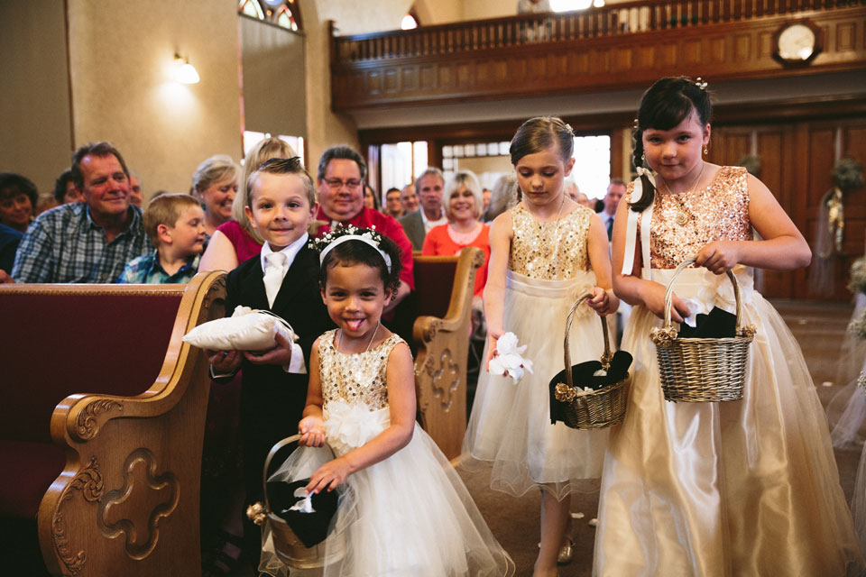 valley-city-ohio-wedding-photographer-josh-nancy-23.jpg