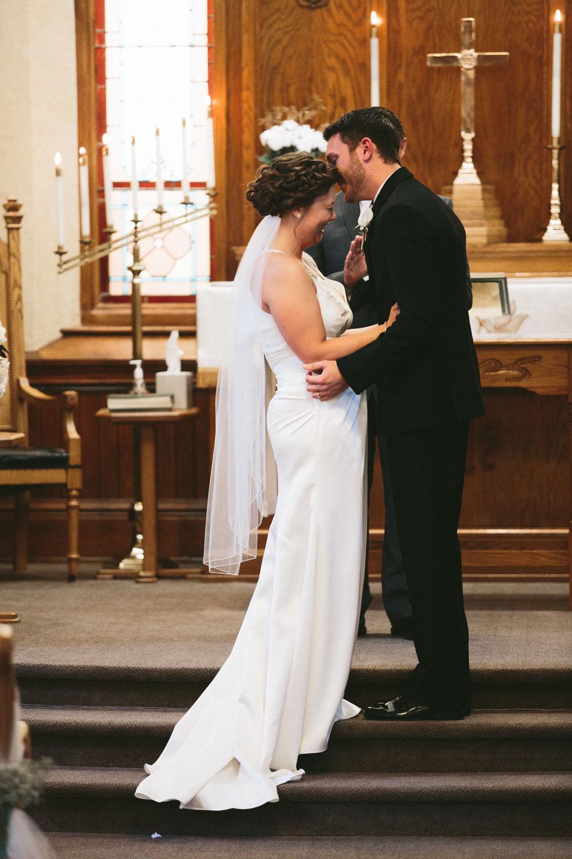 valley-city-ohio-wedding-photographer-josh-nancy-29.jpg