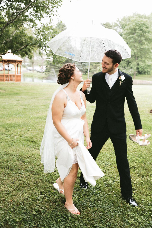 valley-city-ohio-wedding-photographer-josh-nancy-47.jpg