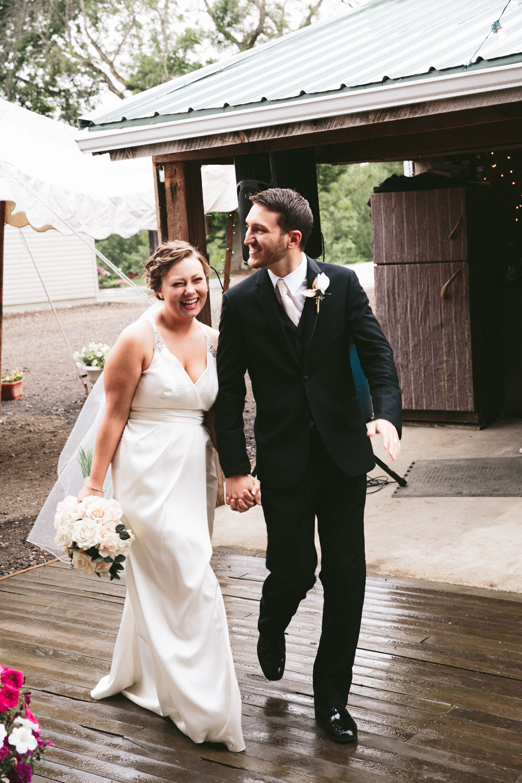 valley-city-ohio-wedding-photographer-josh-nancy-56.jpg