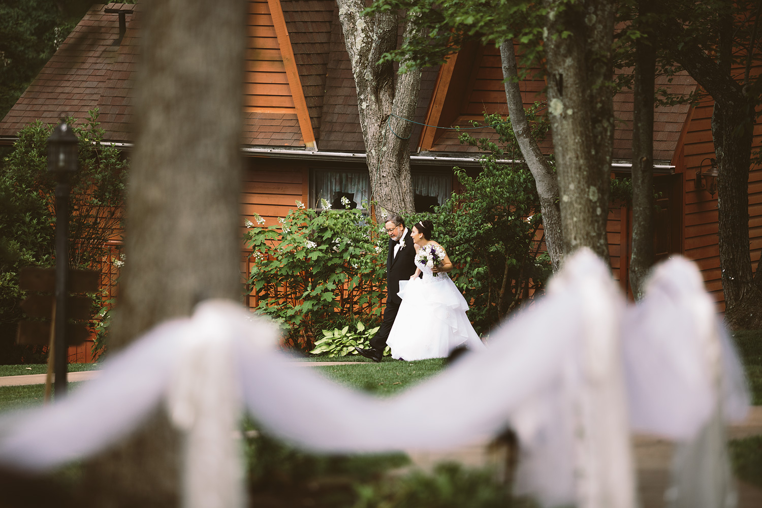 loudonville-ohio-wedding-photographers-landolls-mochican-castle_52.jpg