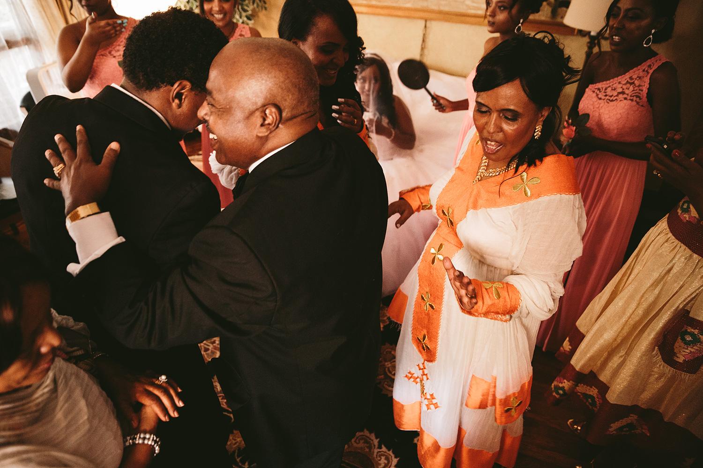 downtown-cleveland-ohio-ethiopian-wedding-photographers_83.jpg