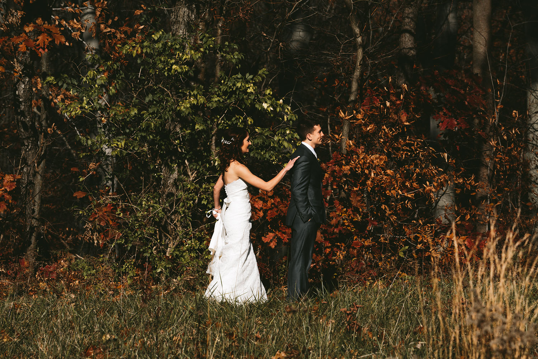 cleveland-wedding-photographers-cuyahoga-valley-national-park-happy-days-lodge-24.jpg