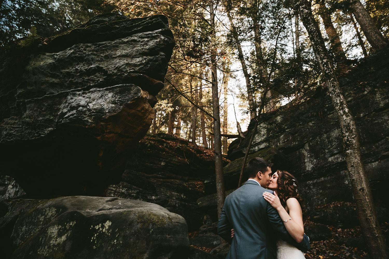 cleveland-wedding-photographers-cuyahoga-valley-national-park-happy-days-lodge-38.jpg