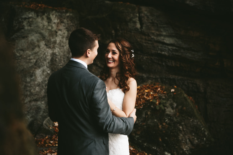 cleveland-wedding-photographers-cuyahoga-valley-national-park-happy-days-lodge-49.jpg