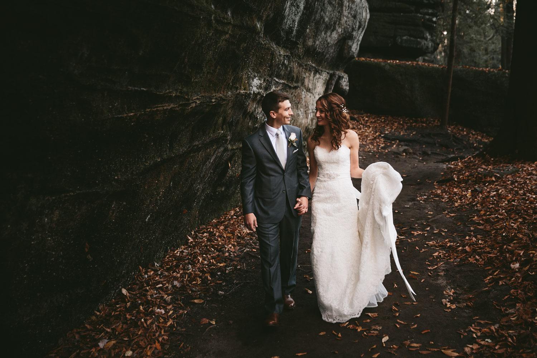cleveland-wedding-photographers-cuyahoga-valley-national-park-happy-days-lodge-53.jpg