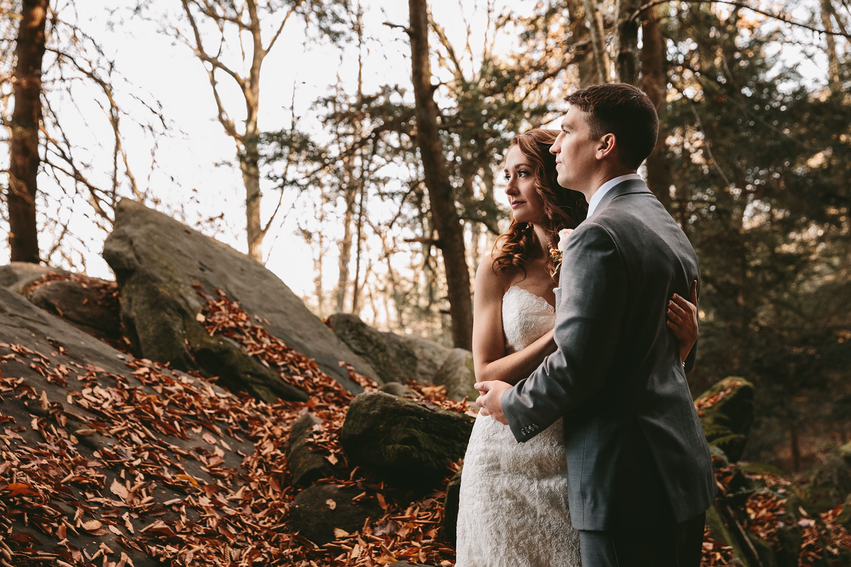 cleveland-wedding-photographers-cuyahoga-valley-national-park-happy-days-lodge-57.jpg