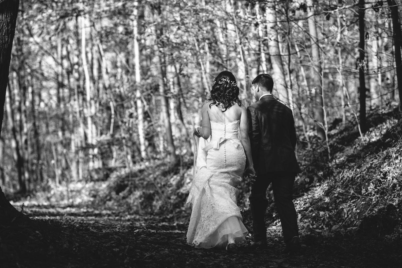 cleveland-wedding-photographers-cuyahoga-valley-national-park-happy-days-lodge-63.jpg