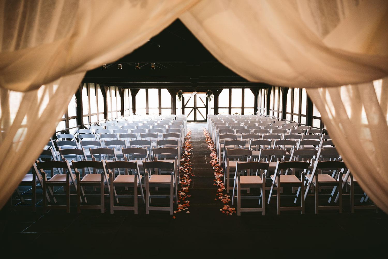 cleveland-wedding-photographers-cuyahoga-valley-national-park-happy-days-lodge-64.jpg
